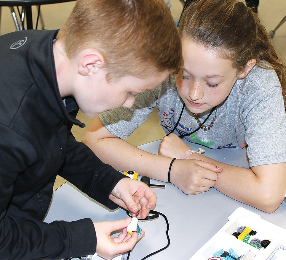 Fourth graders from Hayden, Locust Fork, and Southeastern came together Friday for Hayden Elementary's first STEAM Engineering Challenge Day. The 40 students were divided into eight teams to accomplish activities ranging from coding, Legos and