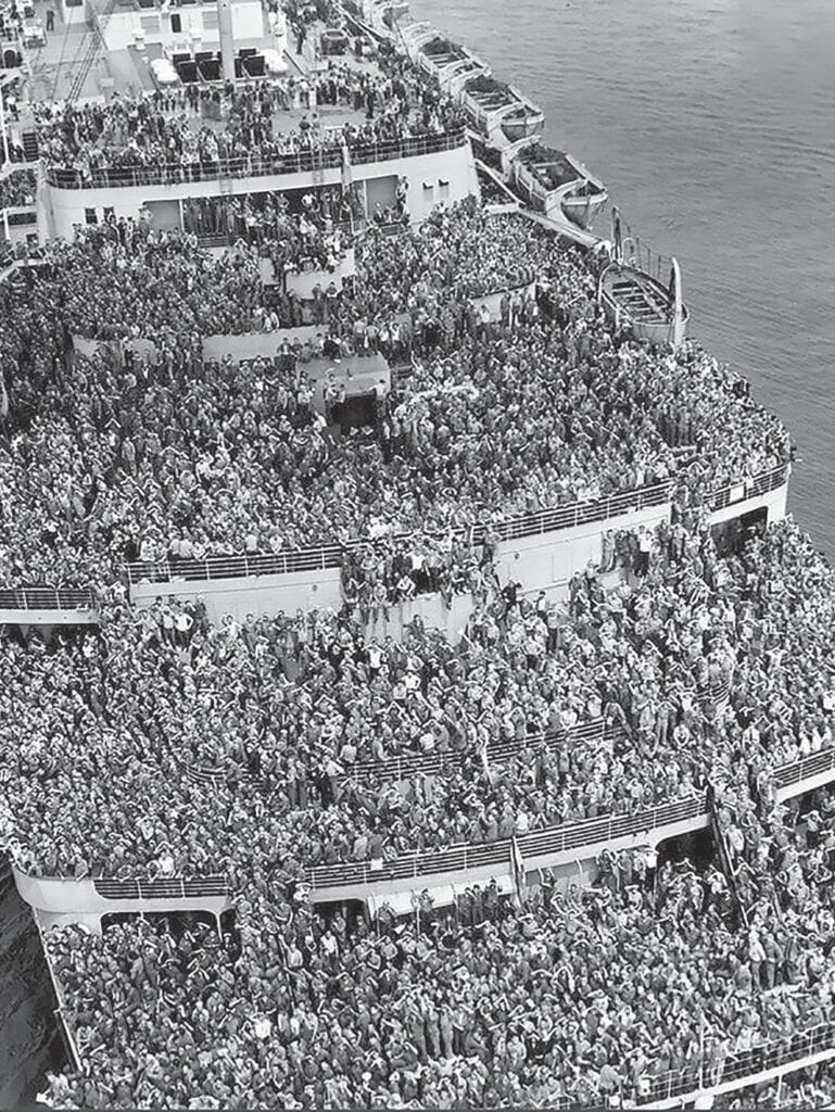 Troops return to New York on the Queen Elizabeth after World War II is over. -reddit.com