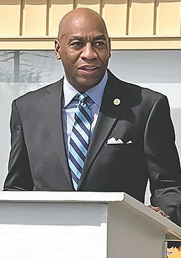 Fitzgerald Washington, Alabama Department of Labor Secretary, speaks during the ribbon cutting for the new Oneonta Career Center at Wallace State Community College.